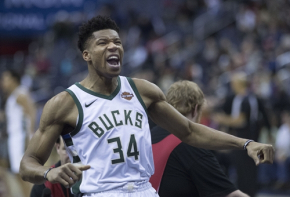 NBA: Milwaukee bliższe zwycięstwa w konferencji wschodniej